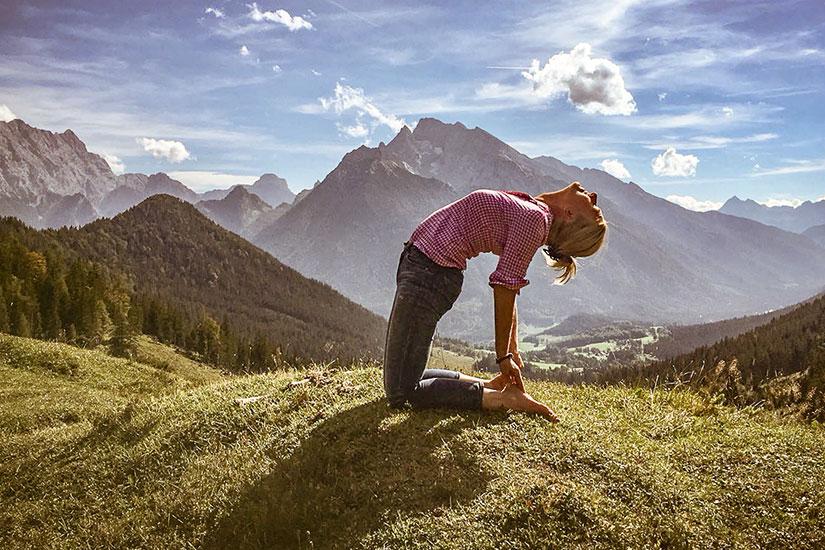 Die-Yoga-Sennerin Anna Helminger Waging